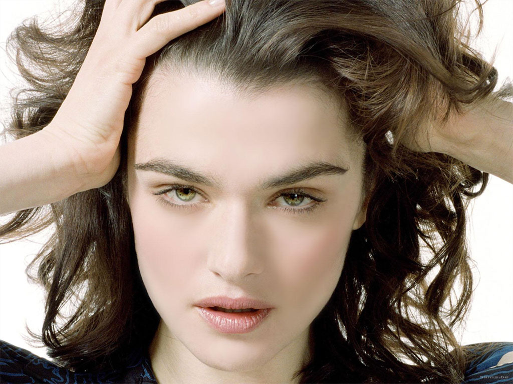 Don't care for Eva Mendes at all, so Rachel Weisz gets my vote, ...