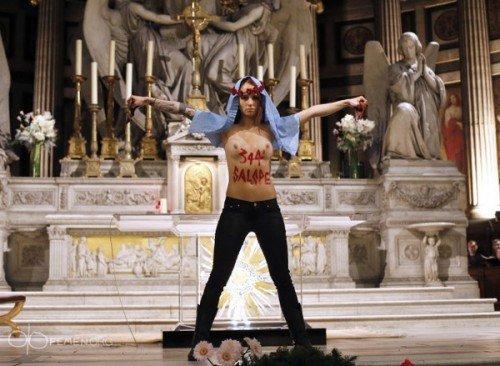 Femen la madeleine
