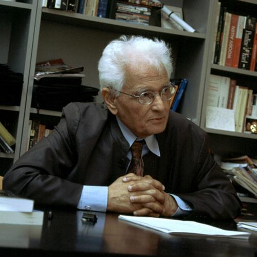 Academic megastar Jacques Derrida