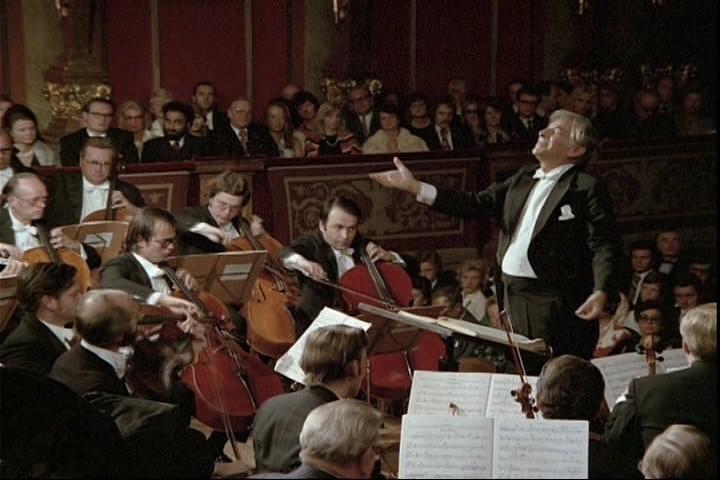 Bernstein conducting Mahler with the Vienna Philharmonic