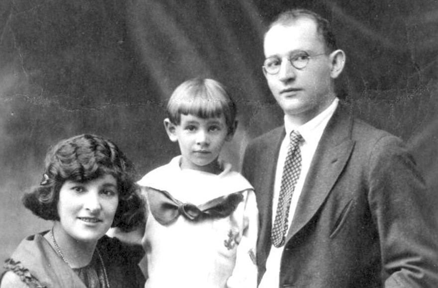 Bernstein with father Sam and mother Jennie