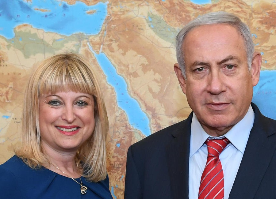 Bibi bombshocked: Benjamin Netanyahu looks dazed with Marie van der Zyl