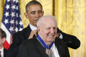 Abner Mikva: The Mensch who managed Obama